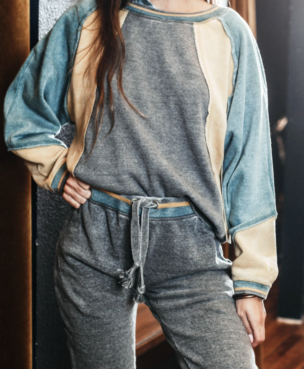 Sterling Pullover